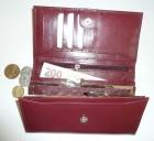 Luxusní dámská klopnová peněženka s rámečkem na drobné pod klopnou
