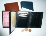 Kožená pánská peněženka - vnitřní řešení